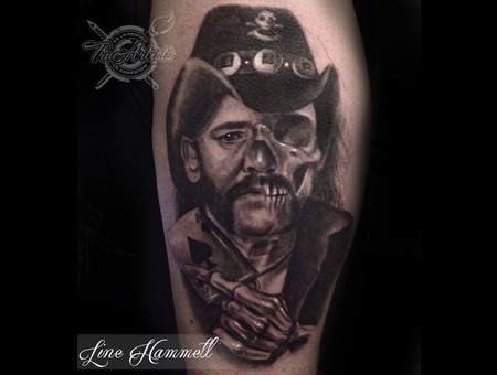 Lemmy Portrait Shoulder