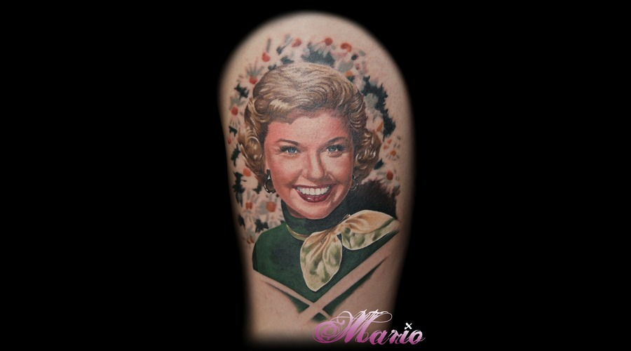 Realistic  Portrait  Doris Day Color Thigh
