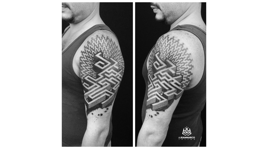 Dotwork Maze Shoulder