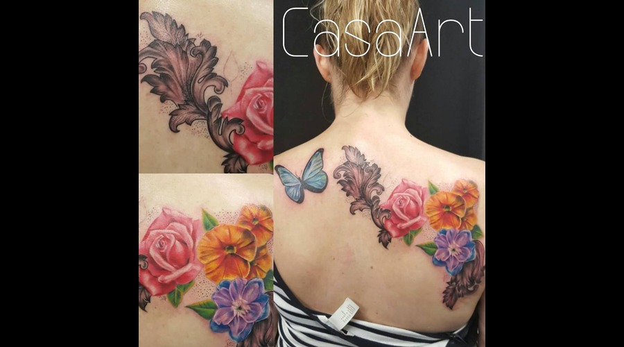 Realistic. Flowers. Butterfly Back
