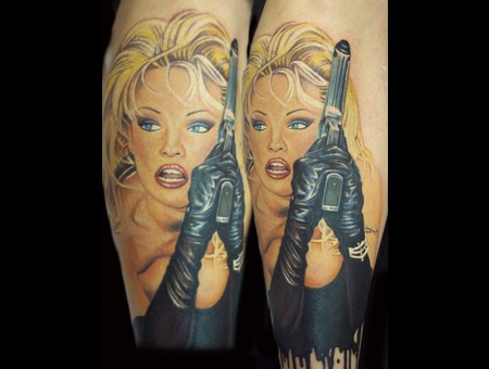 Pamela Anderson Hot Chick With Gun