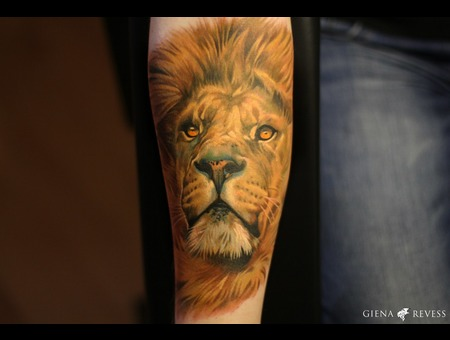 Lion Color Forearm