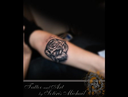 Rose Realistic Black Grey Forearm