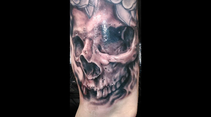 Skull Black Grey Arm