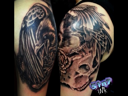 Raven Bullskull Crow Skull Black Grey Shoulder