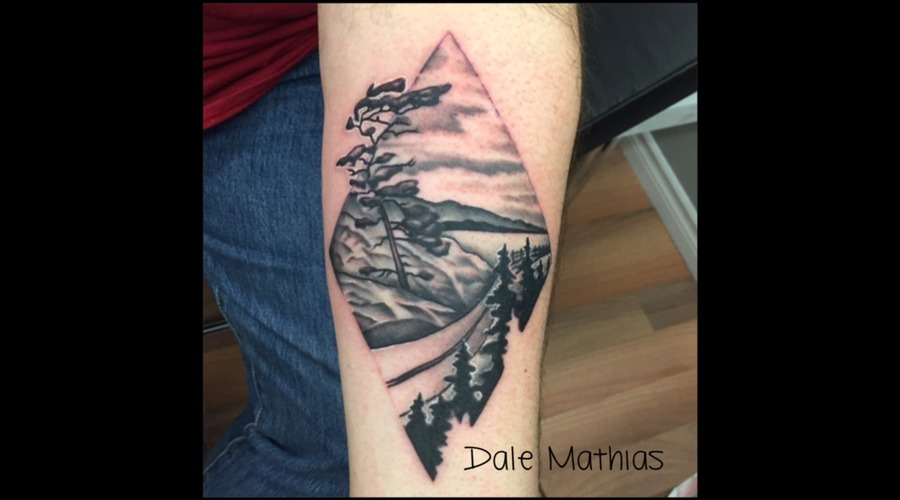Nature  Scene  Black And Grey  Diamond  Border  Outline Black Grey Forearm