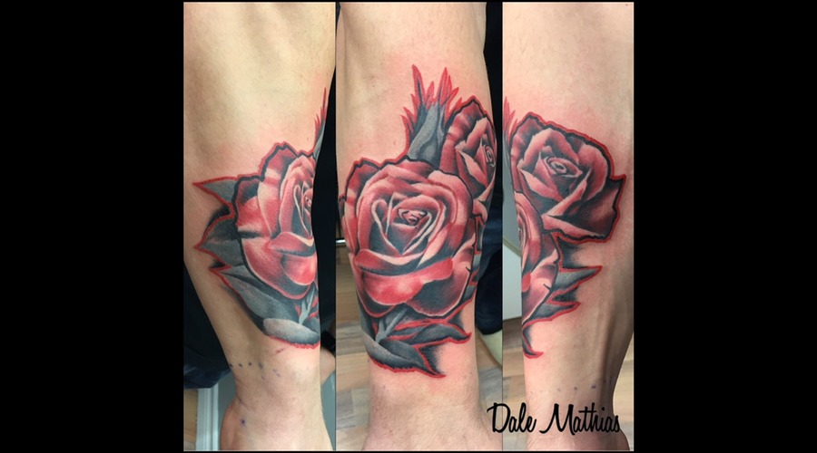 Roses  Traditional  Old School Color Forearm