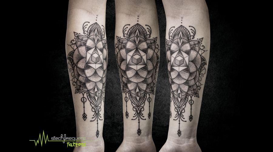 Sacred Geometry  Dotwork  Dots  Mehndi  Girly Black Grey Arm