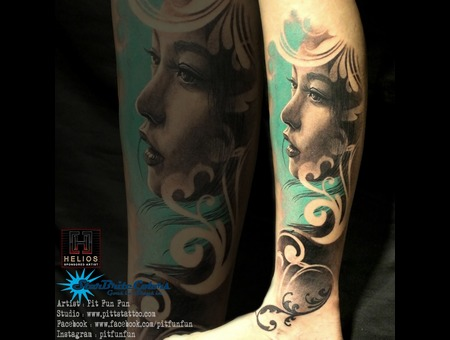 Black And Grey Portrait By Pit Fun Color Lower Leg