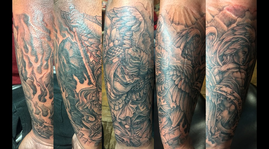 Grandma Dedication Black Grey Forearm