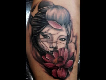 #Geisha #Tattoo #Lotus Color Lower Leg