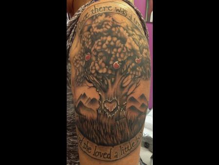 #Thegivingtree #Givingtreetattoo #Tattoo #Reno #Renotattoo #Hashtag #Tattoo Black Grey Shoulder