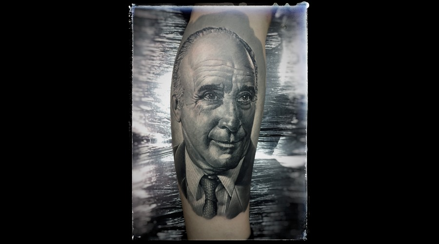 Portrait  Black Grey Lower Leg