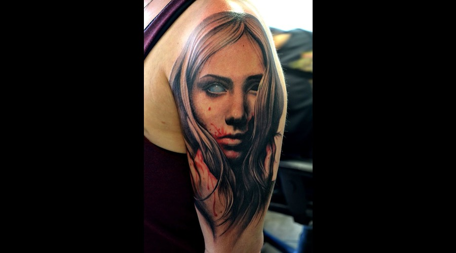 Zombie Girl  Realism  Hair  Blood  Zombie Eye Color Arm