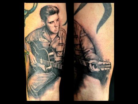 Elvis  Realism  Black Grey Forearm