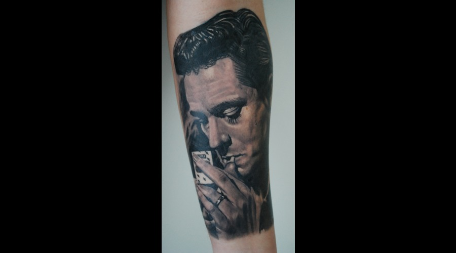 Prtrait Realistic Johnny Cash Black Grey Forearm