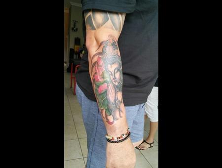 Buddha  Lotus Color Arm