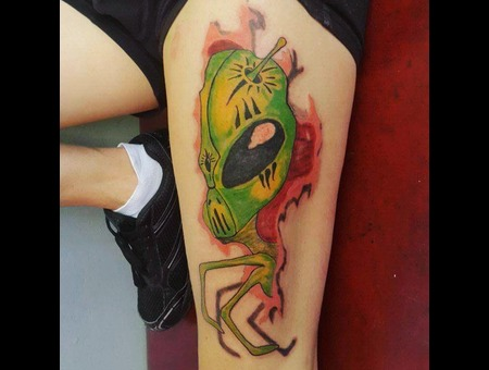 Abstract  Alien  Color Thigh