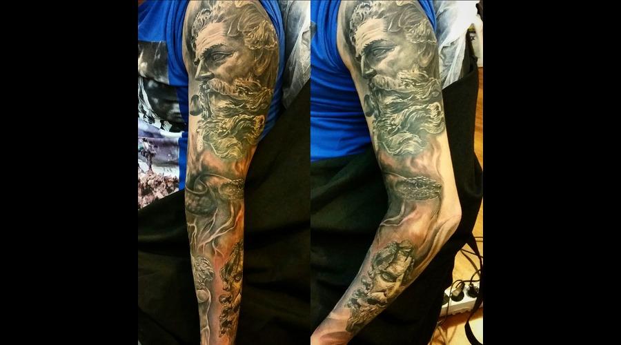 Poseidon Black Grey Arm