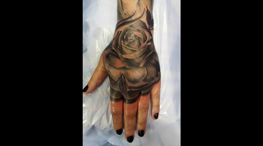 Rose Hand Blast Black Grey