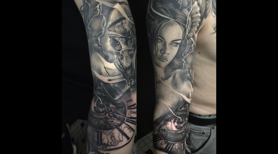 Clock Eye Woman Black Grey Arm