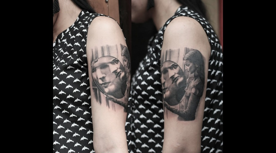 Girl With Mirror Black Grey Arm
