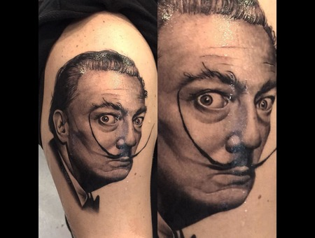 Dali Black Grey Arm