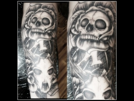 Deer Skull  Roses Black Grey Forearm