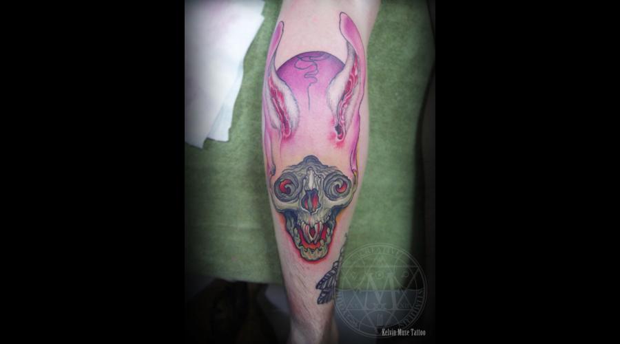 Skull Color Lower Leg