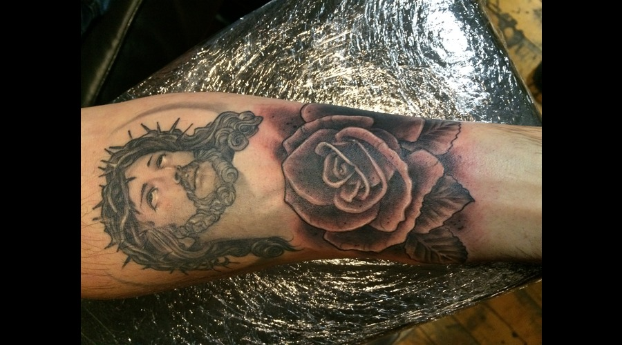 Jesus Rose Black Grey Forearm