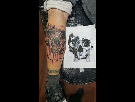 Optical Illusion Skull Black Grey
