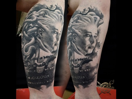 Portrait Medusa Black Grey Lower Leg