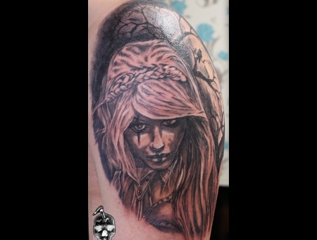 Valkiria Tattoo... Black Grey Arm