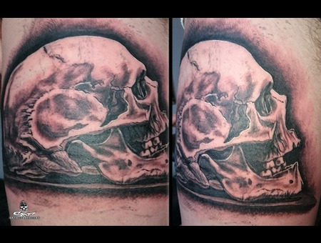 Skull Tattoo Black Grey Thigh
