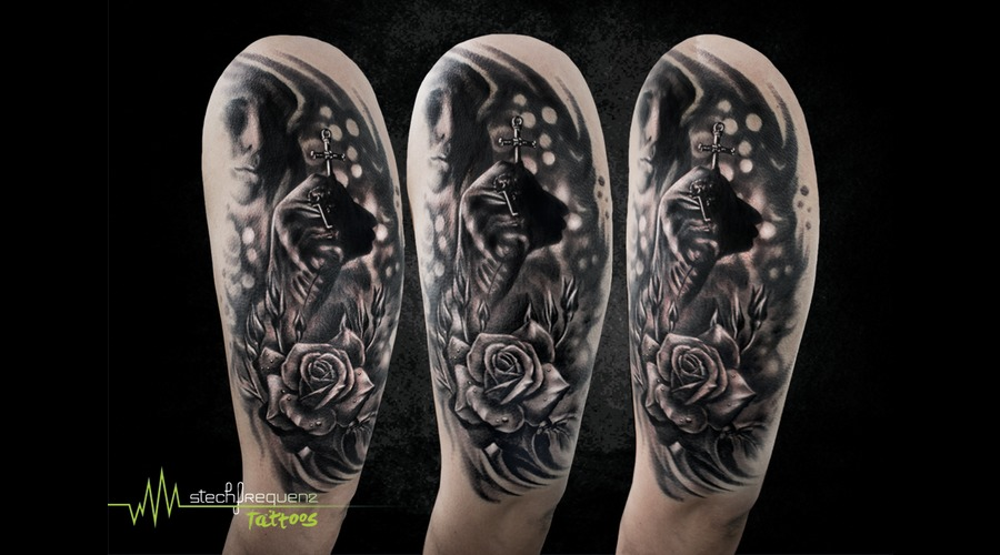 Un  Cross  Religion  Rose  Flower  Rtealistic  Blackandgrey Black Grey Arm