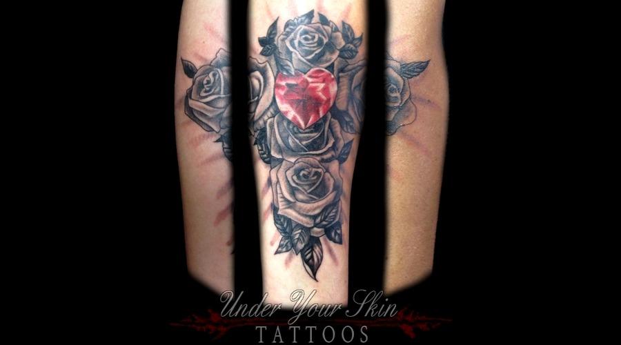 Diamond And Roses Black Grey Forearm