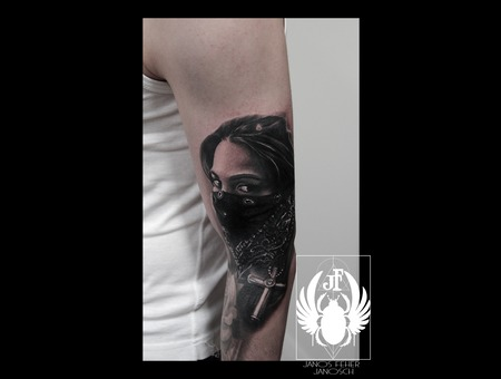 Bandana Black Grey Arm