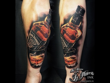 Jack  Daniels  Whisky  Bottle  Realistic  Realism  Glass Color Forearm