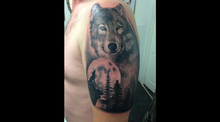 Wolf Abstract Art  Black Grey Arm
