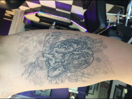 Heart Flowers Shading Black Grey Arm