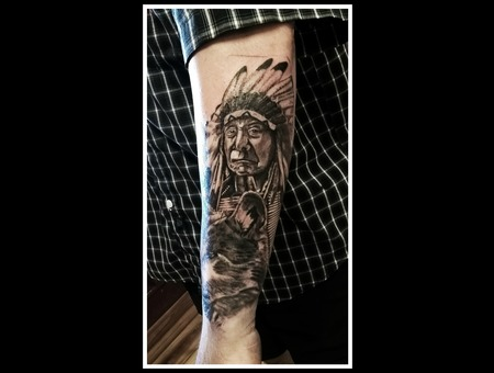 Native American Indian  Wolf  Black & Grey  Portrait Black Grey Forearm