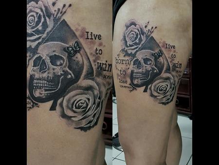 Skull  Roses  Butterfly  Lettering  Custom Design Black Grey Hip