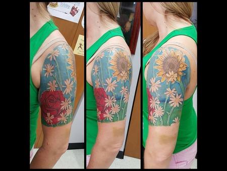 Rose Sunflower Daisy Blue Color Arm
