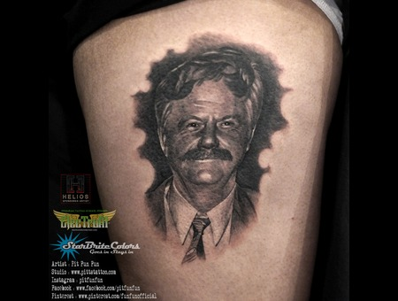 Black And Grey Portrait Done By Pit Fun   Instagram : Pitfunfun Black Grey Thigh