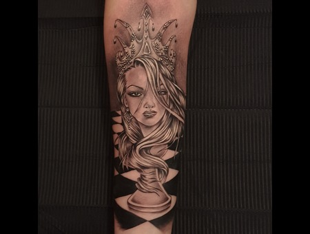 Queen   Chess  Portrait  Surrealism  Fantasy Black Grey Forearm