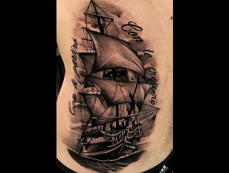 Clipper Ship.  Black Grey Ribs