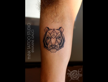 Geometric Tiger In Dotwork :) Black Grey Arm