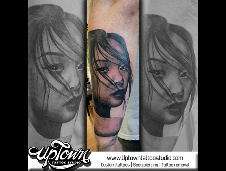Geisha  Portrait   Black Grey Arm