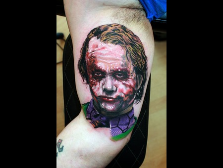 Joker  Batman Color Arm