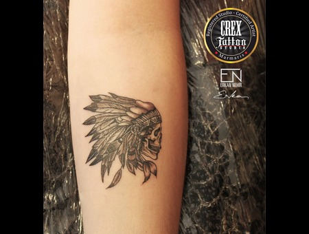 Indian  Feather  Erkan  Nehir  Tattoo  Artist  Dövmeci  Marmaris  Turkey Black Grey Arm